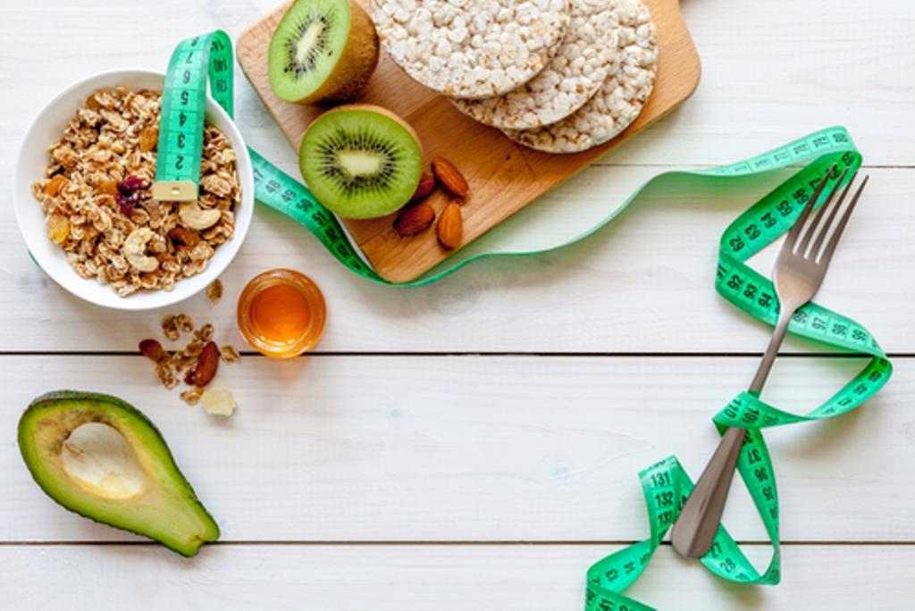 Cegah Kenaikan Berat Badan, Ketahui Cara Mengukur Porsi Makanan Anda