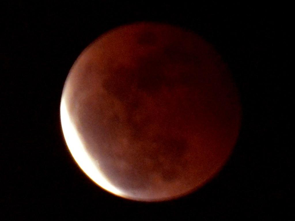 Fenomena <i>Super Blue Moon</i> Terakhir Terjadi di 1866