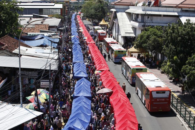 Ada Tenda PKL Elite di Jalan Jatibaru