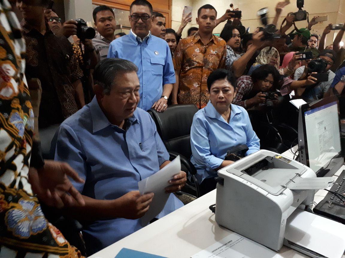 SBY Laporkan Pengacara Novanto ke Bareskrim