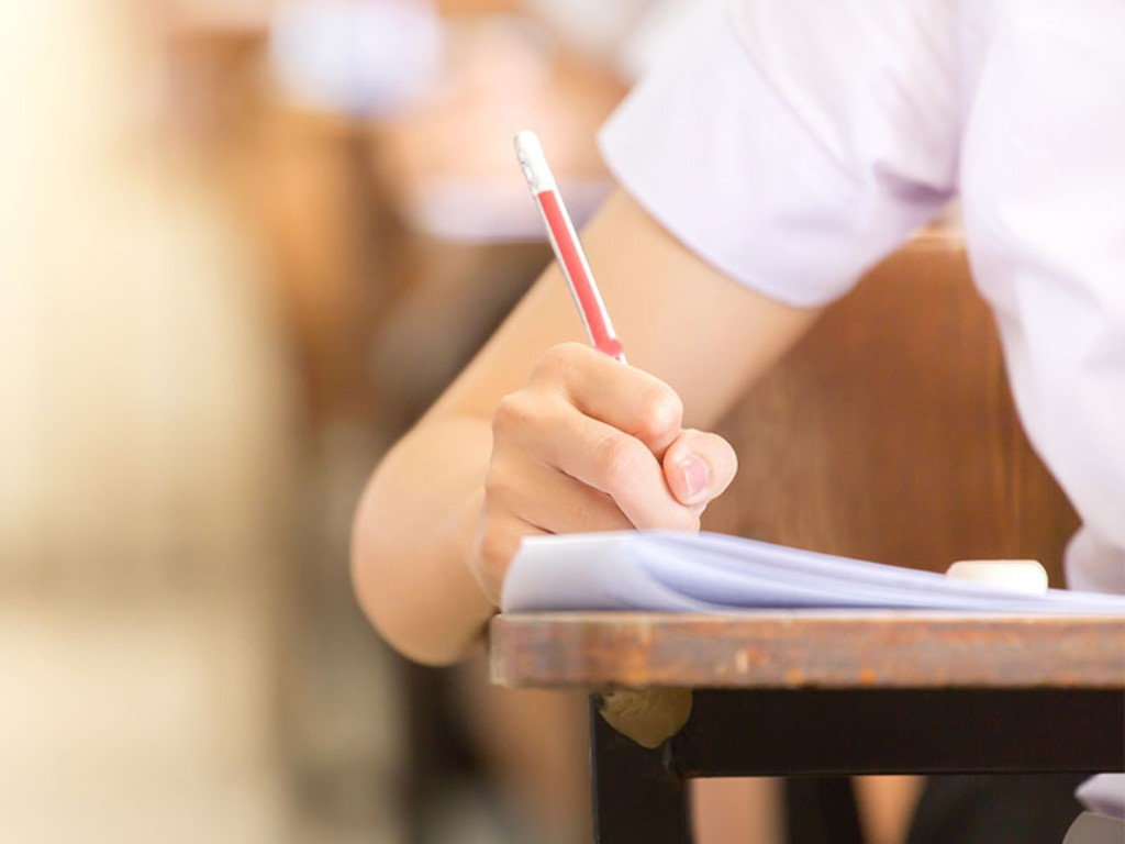 Tebar Beasiswa, Telkom University Jaring Mahasiswa Terbaik