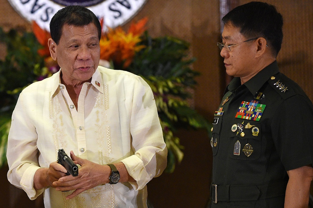 Perintahkan Tembak Pemberontak Wanita, Duterte Dicap Misoginis