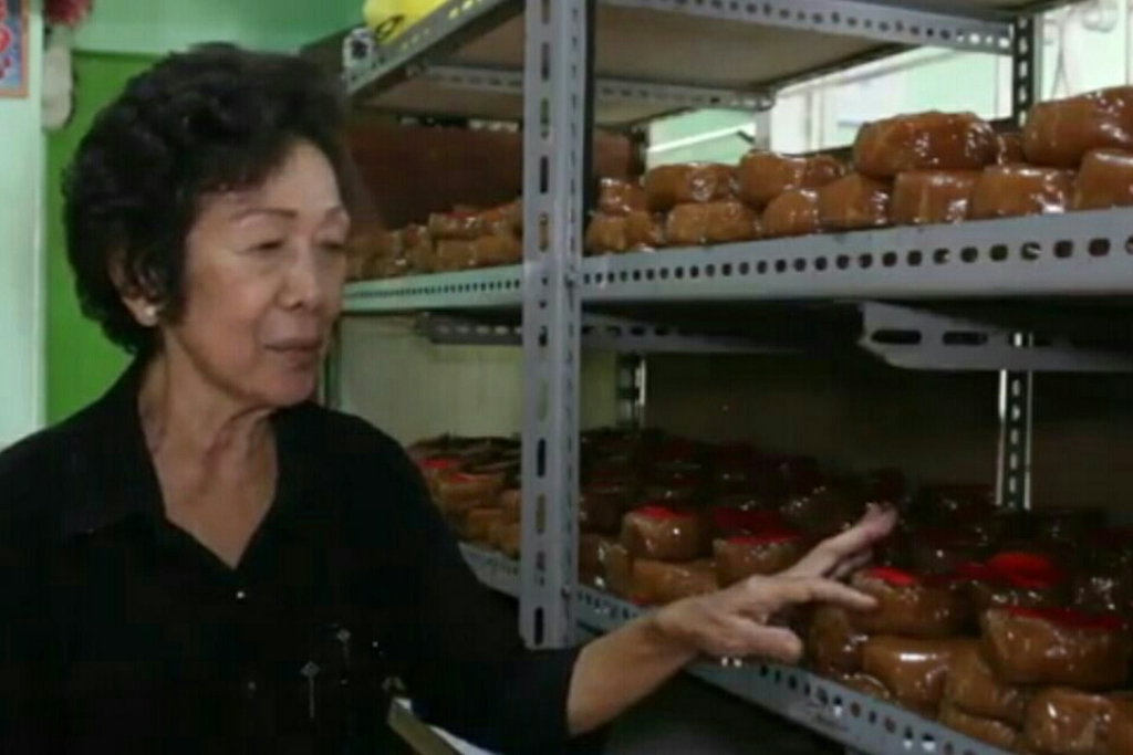 Produksi Kue Keranjang Terkendala Naiknya Harga Bahan Baku