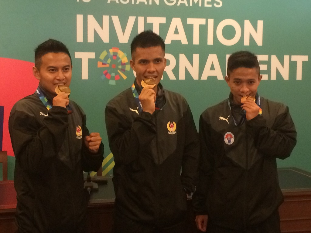Pesilat Putra Indonesia Raih Emas di Kategori Beregu dan Double