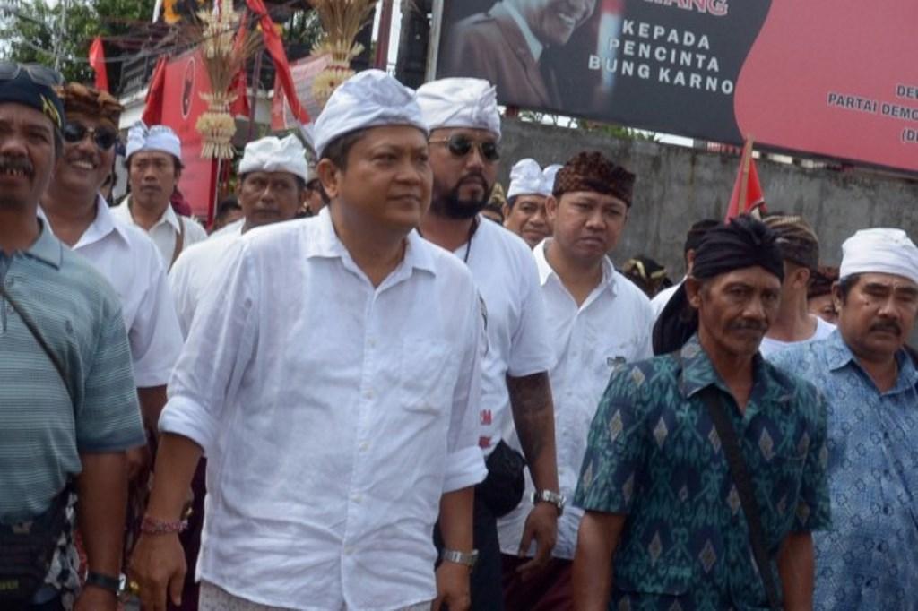 Rp1 Juta Dana Awal Kampanye Rai Mantra-Sudikerta