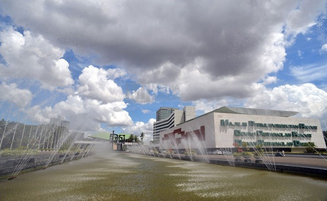 DPR Gandeng Polri Amankan Gedung Parlemen