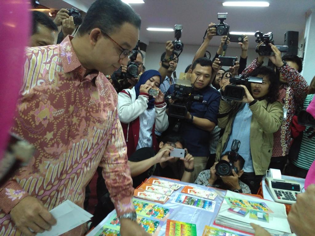 Tingkatkan Demam Asian Games Lewat Prangko