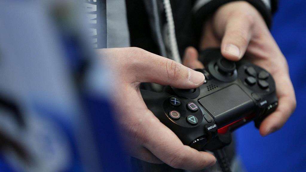 Sony Berikan Data Pengguna PS4 yang Ditangkap FBI