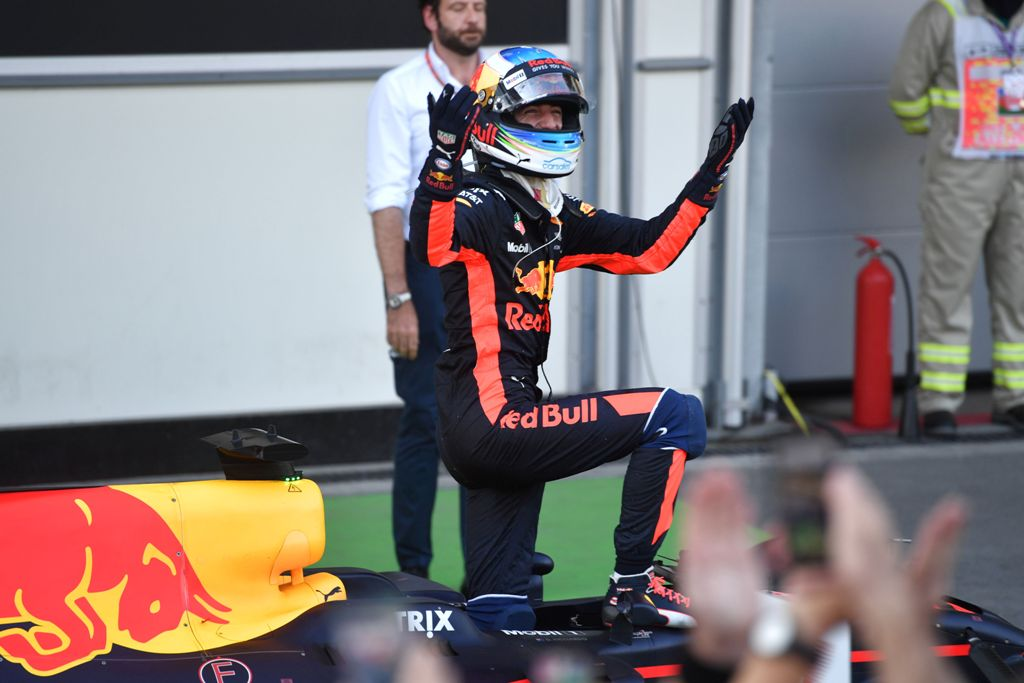 Ricciardo: Red Bull Mampu Saingi Mercedes & Ferrari