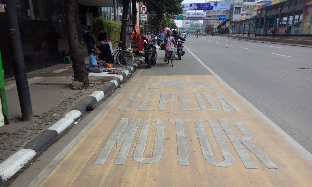 pembatasan sepeda motor