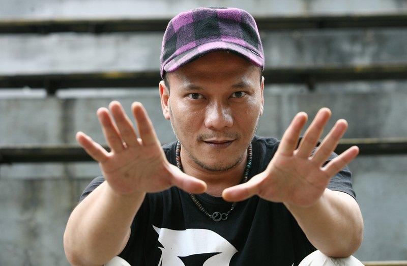 Iwa K Garap Ulang Lagu Batman Kasarung untuk Film Terbaru Sule