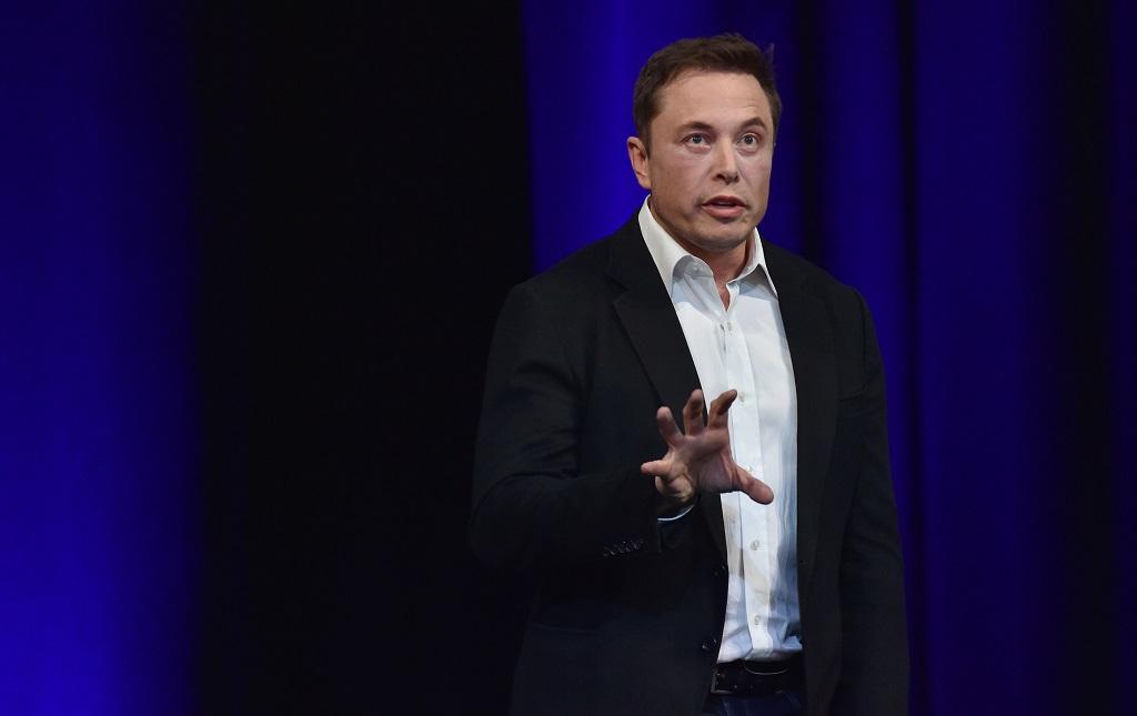 Elon Musk: Kecerdasan Buatan Lebih Bahaya dari Nuklir