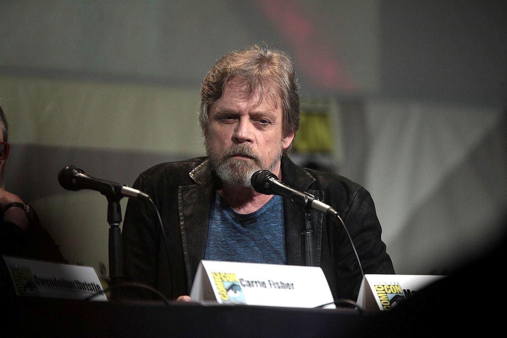 Mark Hamill Menyesal Perdebatan Produksi Star Wars Terungkap ke Publik