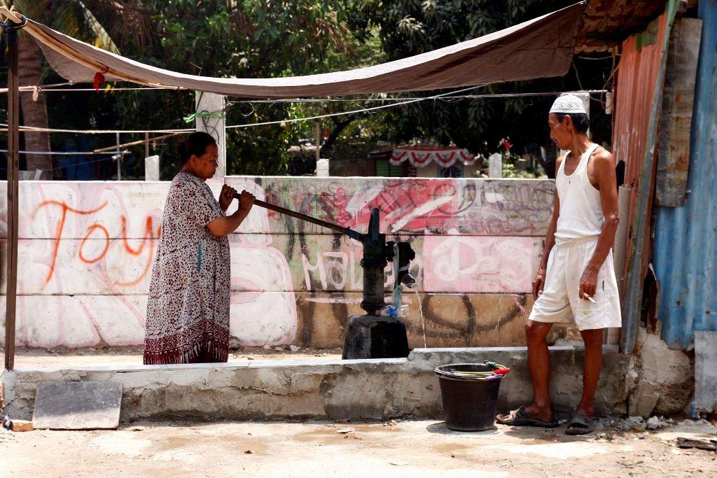 Mayoritas Warga Jakarta Memakai Air Tanah