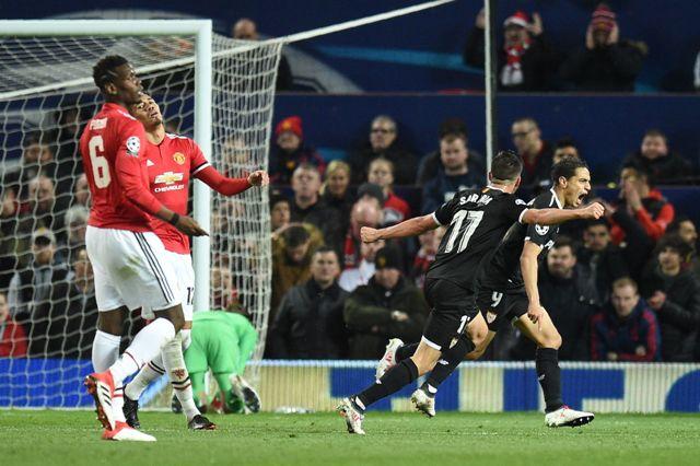 Manchester United 1-2 Sevilla: Kecerdikan Montella, Keganasan Ben Yedder