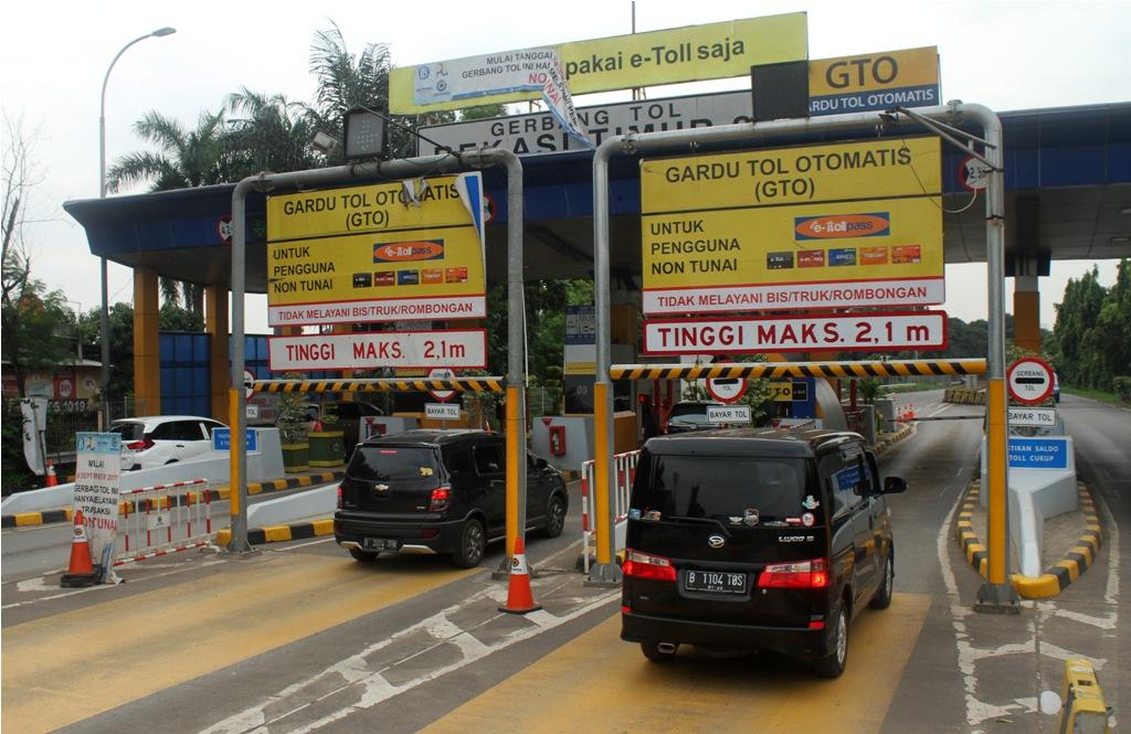 Kendaraan yang Melintas Sebelum Jam Ganjil Genap Tol Bekasi Berkurang