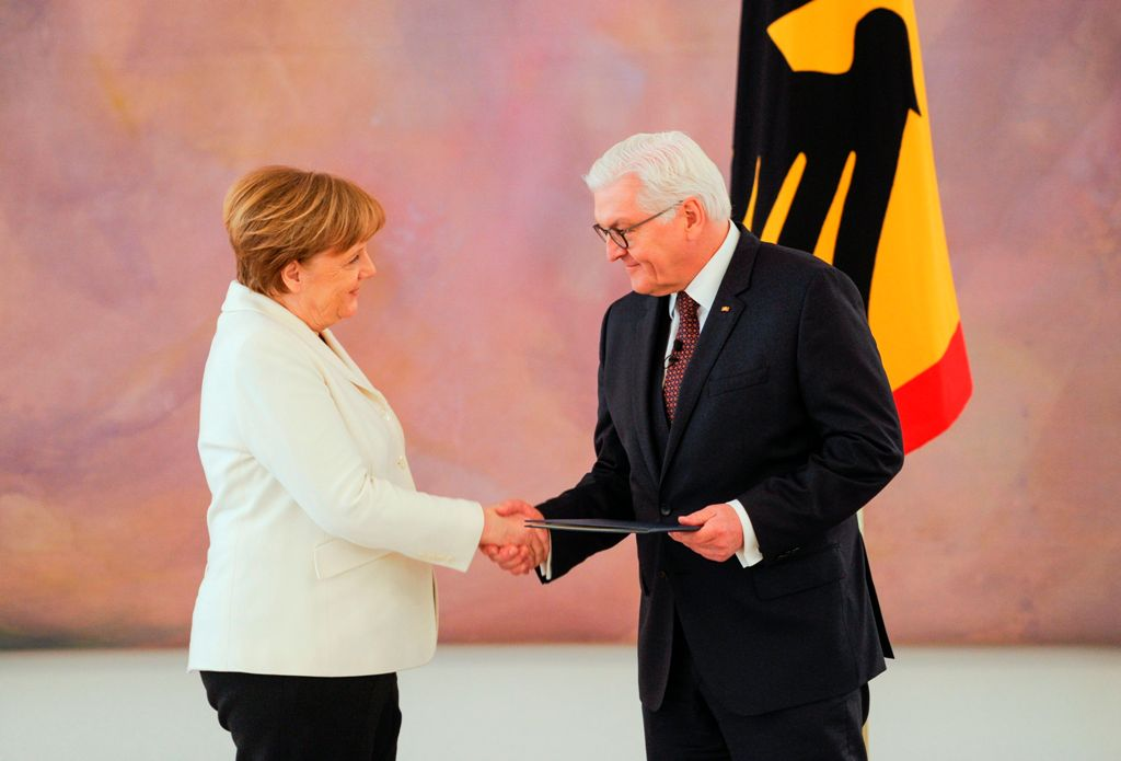 Angela Merkel Dilantik jadi Kanselir Jerman Keempat Kalinya