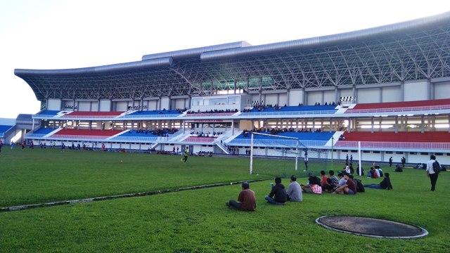 Renovasi Stadion Mandala Krida Tinggal Bagian Dalam