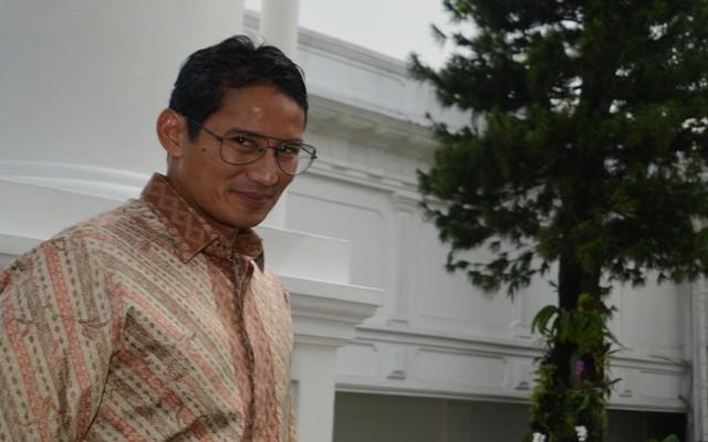 Sandi: Sampah Teluk Jakarta Sejak 2014