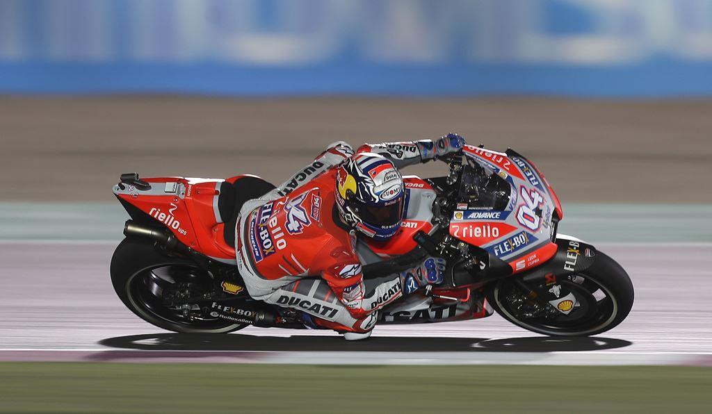 Menangi Duel Sengit dengan Marquez, Dovizioso Juara MotoGP Qatar