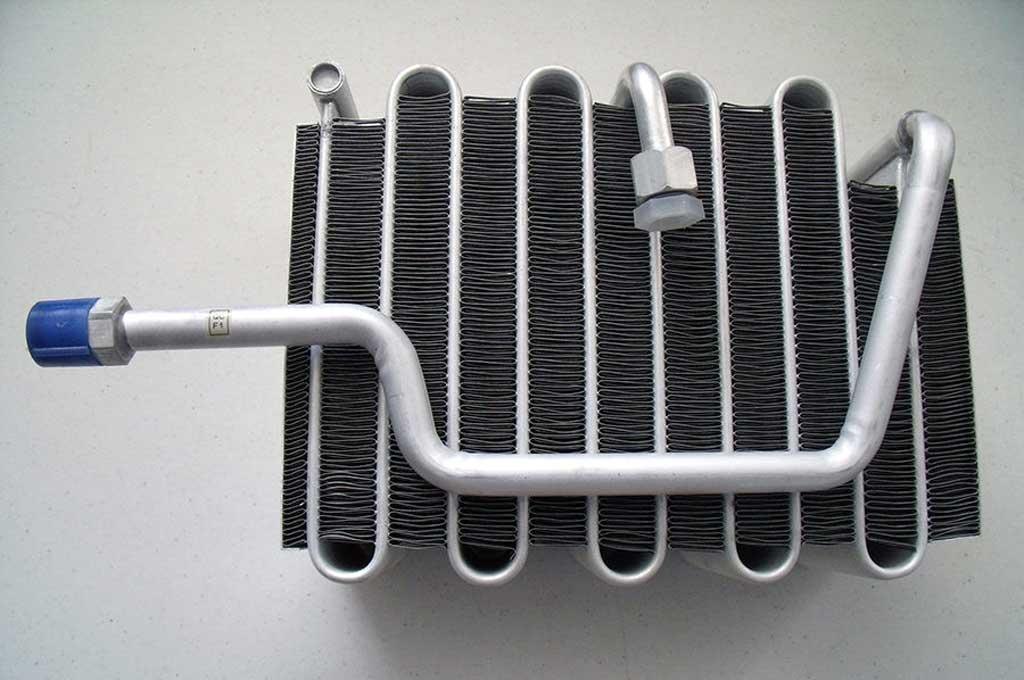 Evaporator AC Mobil, Butuh Perawatan Berkala