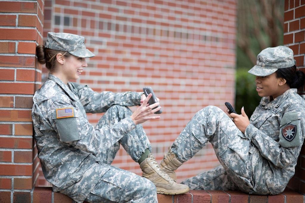 Pentagon Ingin Ponsel Mampu Pantau Kesehatan Tentara