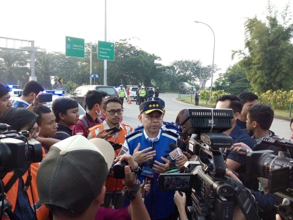 Pengguna Tol Tangerang-Jakarta Berangkat Lebih Pagi