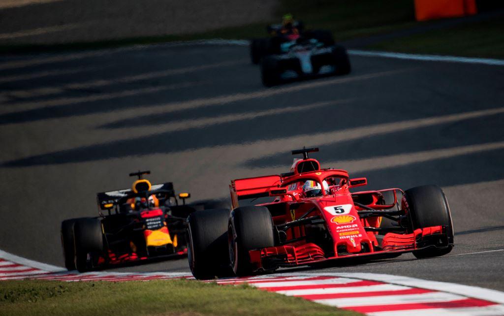 Ketika Vettel Menegur Verstappen