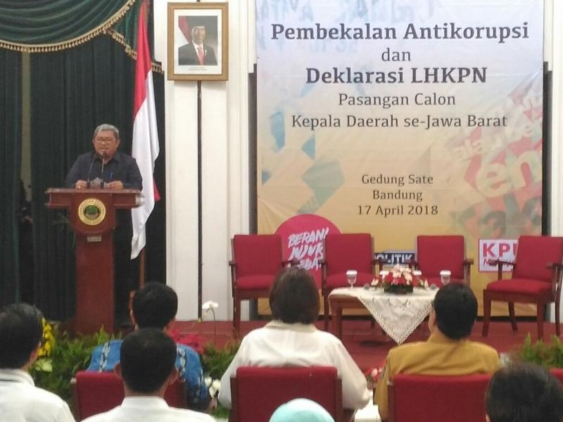 Cegah Korupsi, Aher Harap Gaji Kepala Daerah Naik