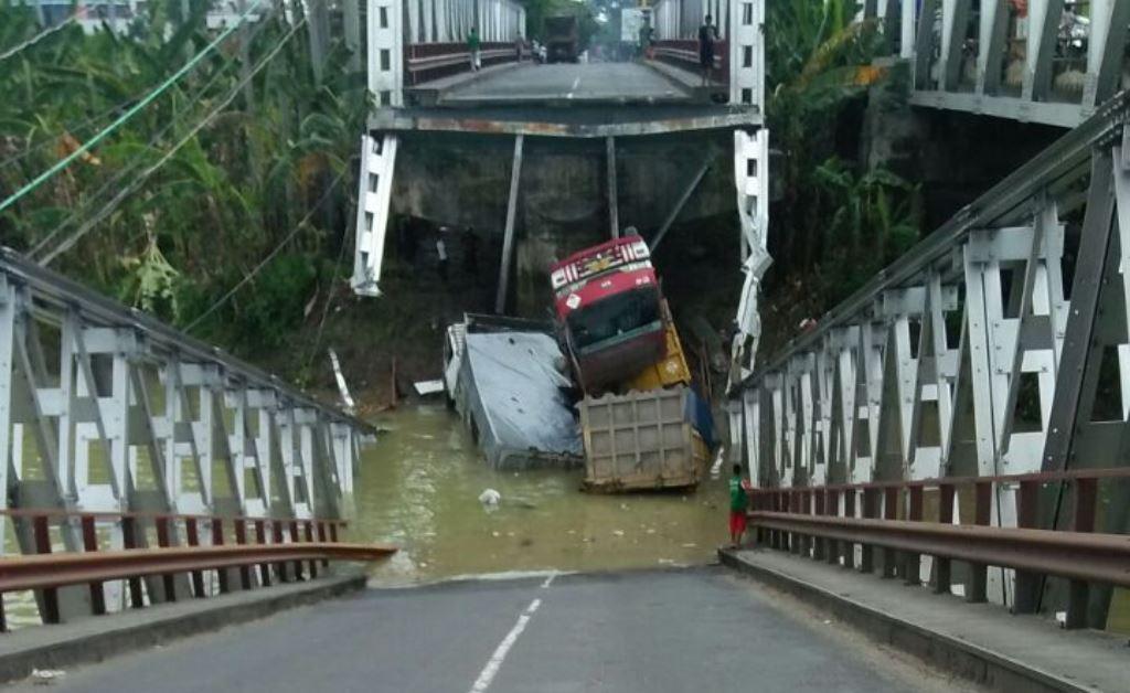 Jembatan Widang Diduga tidak Dirawat