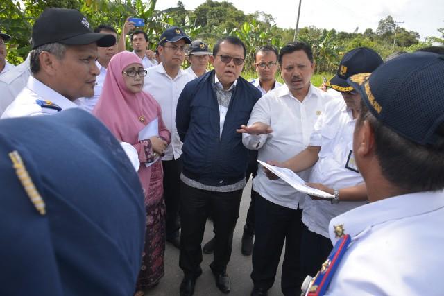 Jalan Lintas Palangkaraya-Pelabuhan Bahaur Mendesak Diperbaiki