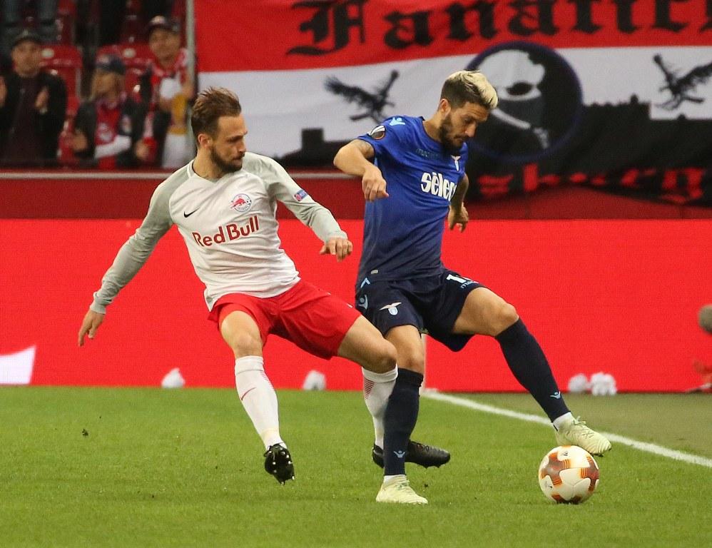Gelandang Lazio Masuk Bursa Pengganti Andres Iniesta