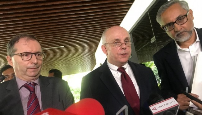 FM Retno Receives US, UK and French Ambassadors