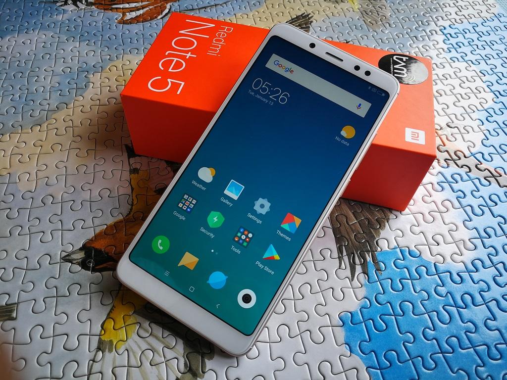 Mengintip Isi Kotak Xiaomi Redmi Note 5