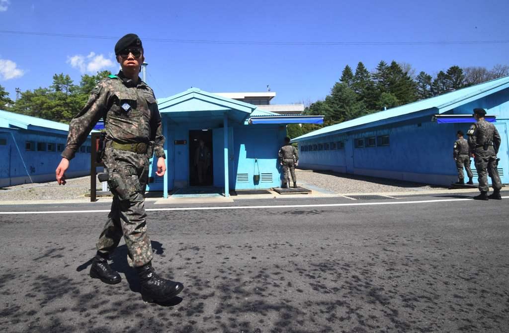 Presiden Korsel akan Sambut Kim Jong-un di Garis Demarkasi Militer