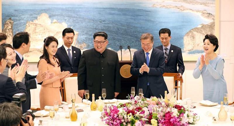 Menlu Retno: KTT Korea Landasan Kuat Perdamaian Semenanjung