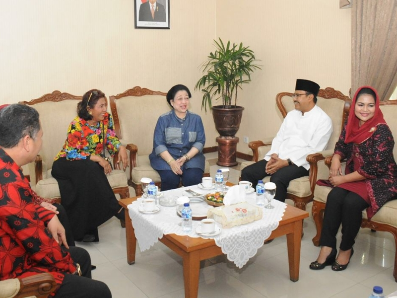 Pesan Megawati Untuk Gus Ipul-Puti