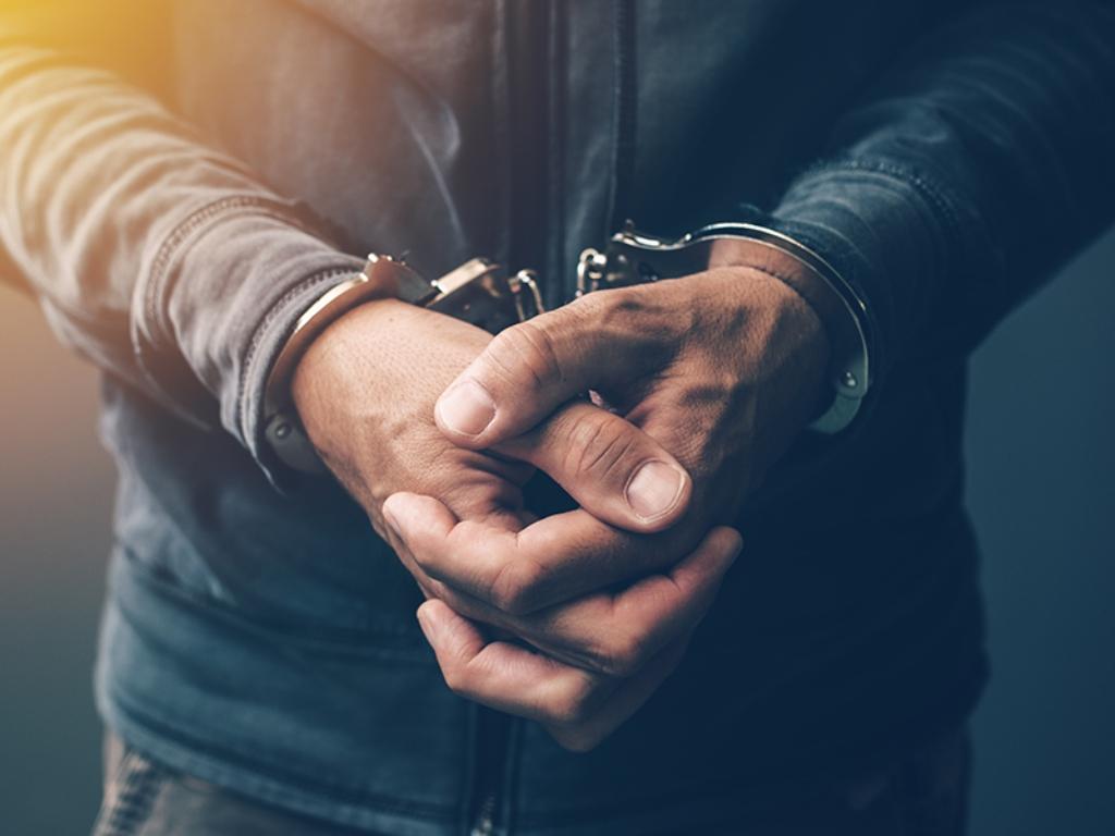 Mencuri, Petugas Satpol PP Ditangkap