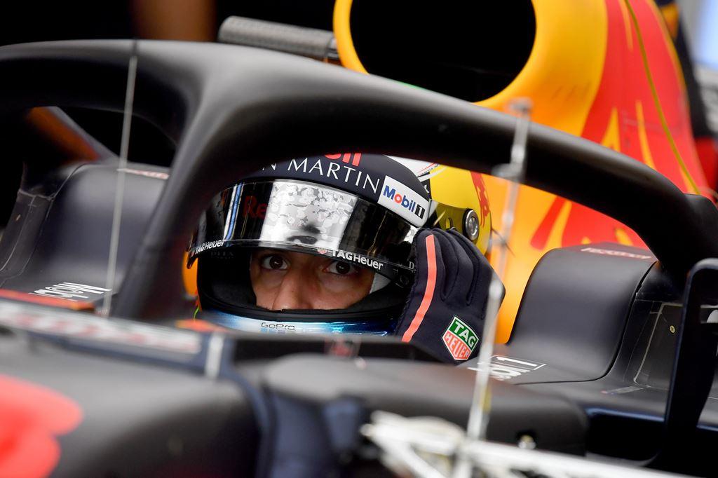 Penyesalan Ricciardo usai Tabrakan dengan Verstappen