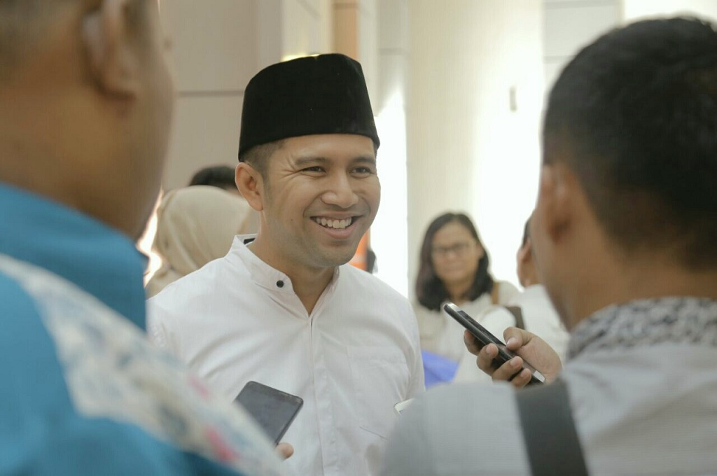 Emil Dardak Janji Kawal Industri Garam di Madura