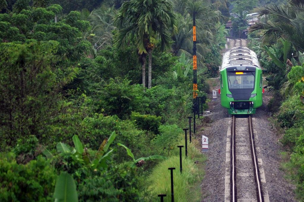 Hari Ini, Kereta Api Bandara Minangkabau Beroperasi