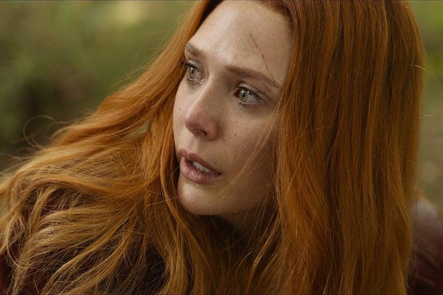 Elizabeth Olsen Ingin Kostumnya di Film-film Marvel Lebih Tertutup