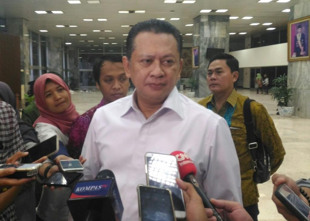 Ketua DPR Enggan Pikirkan Nasib Novanto di Parlemen