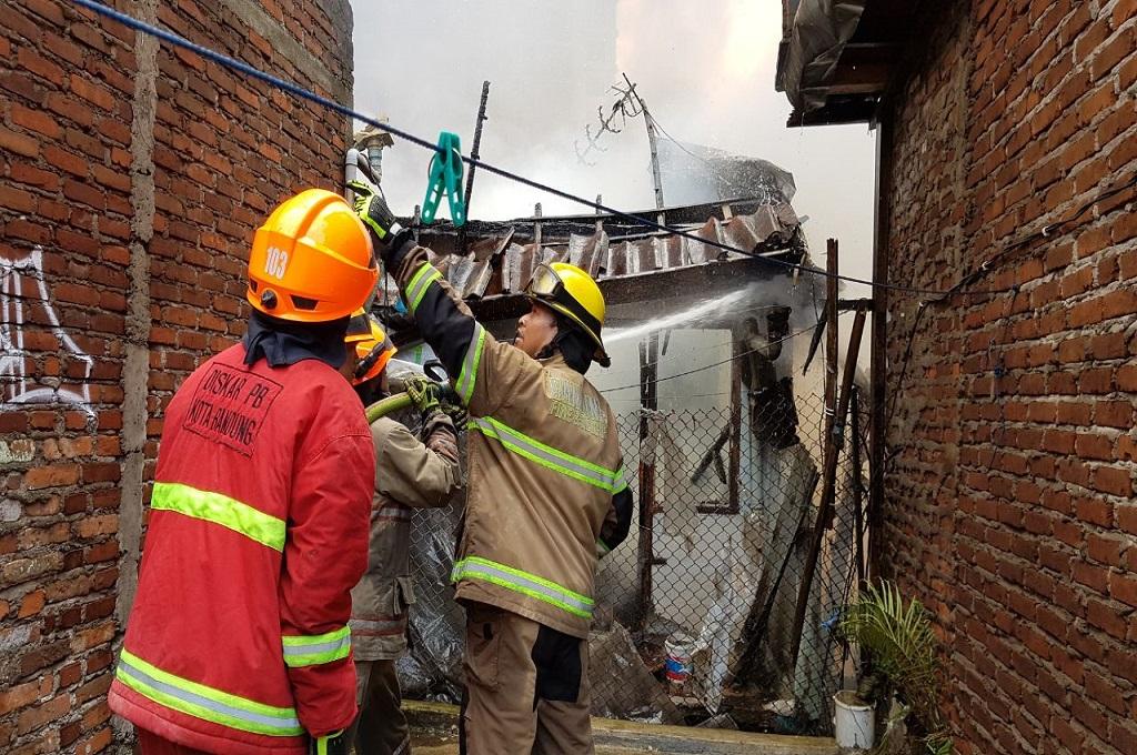 Ada Warga Dilaporkan Terjebak di Lokasi Kebakaran