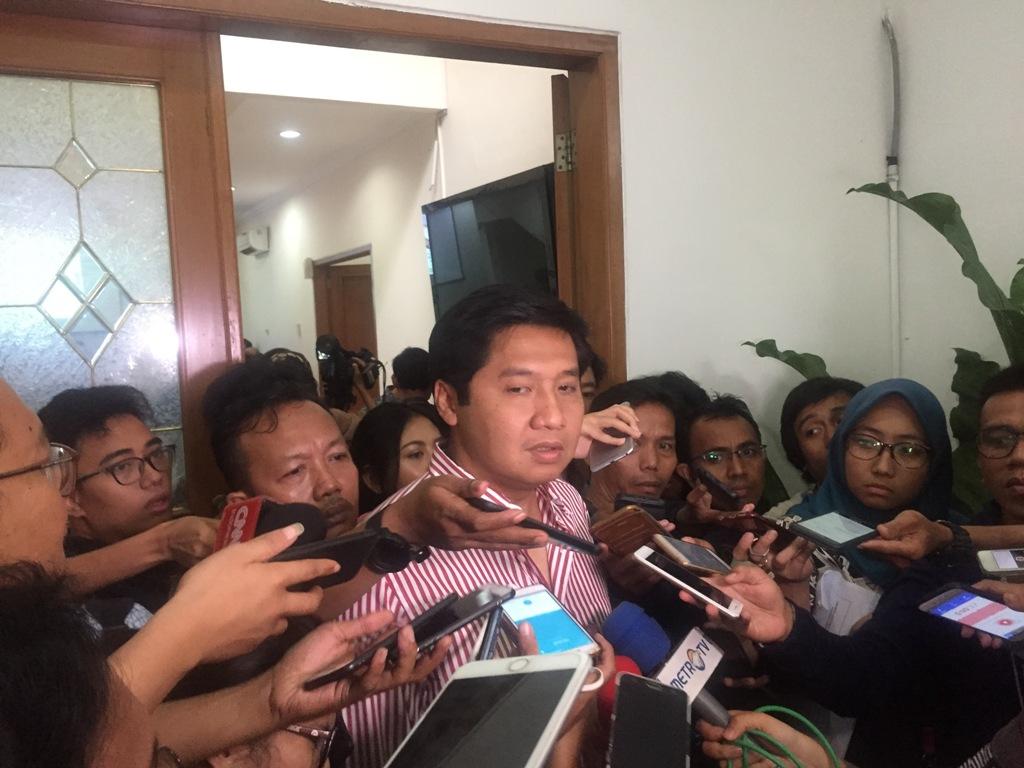 PDIP Sebut Elektabilitas Gerindra Tinggi Karena Prabowo