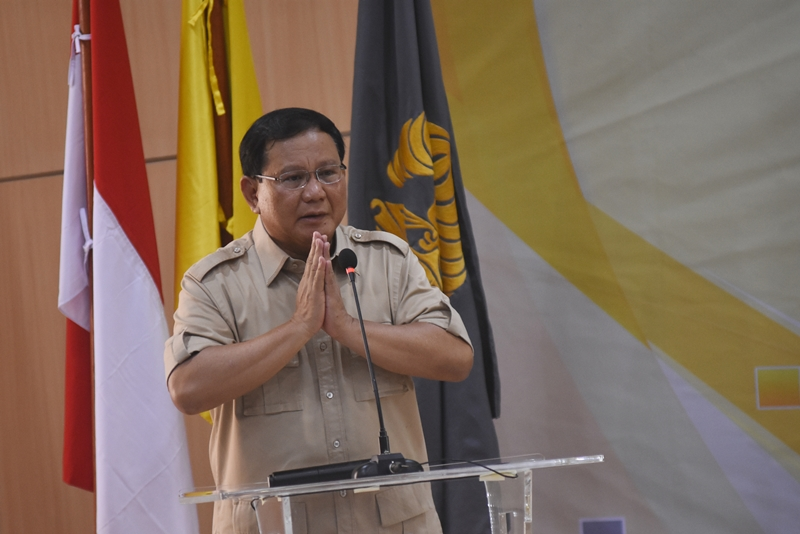 Prabowo Ziarah ke Makam Soekarno
