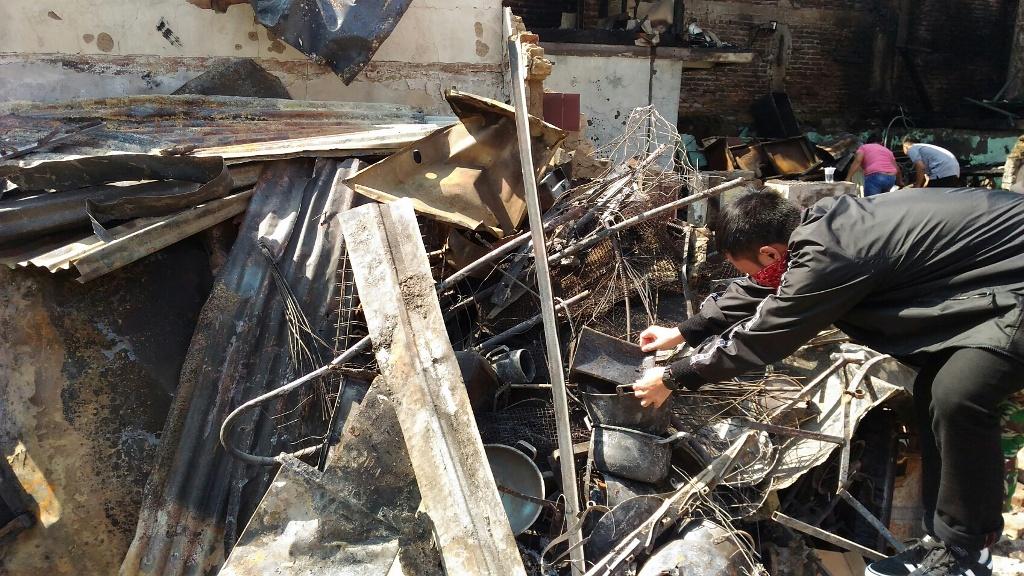 Korban Kebakaran di Bandung Menolak Direlokasi