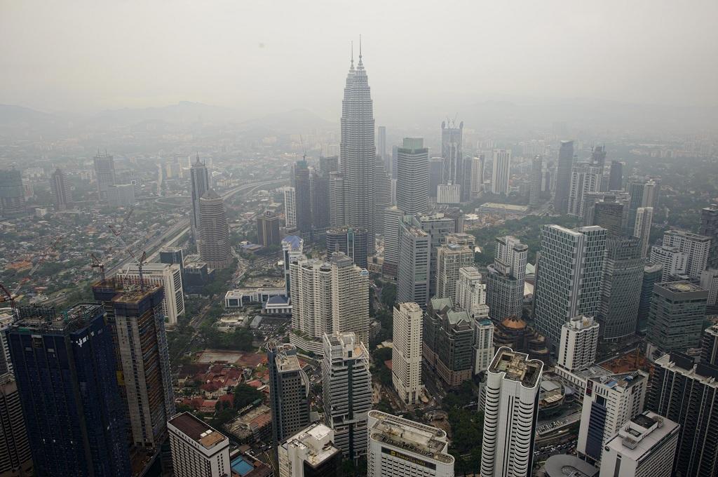 Diskualifikasi Anggota Parlemen, KPU Malaysia Dikecam