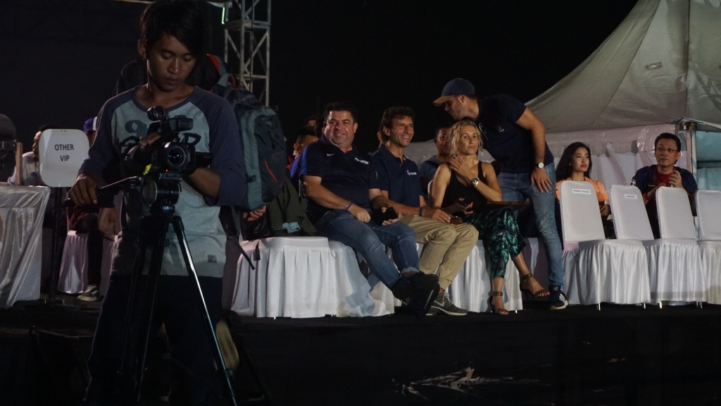 Luis Milla Ramaikan Nobar El Clasico di Jakarta
