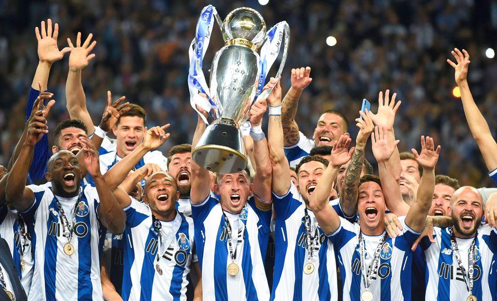 Potret Kegembiraan FC Porto usai Menjuarai Liga Portugal